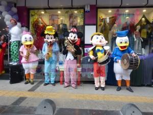 Maskotlu bando takımı