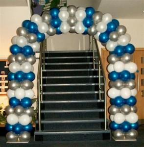 kemer-balon-süslemei-kapı-tak-balon-süsleme-zincirbalondan-kapı-tak-yapma-açılışlara-kapı-balon-süslemesi1